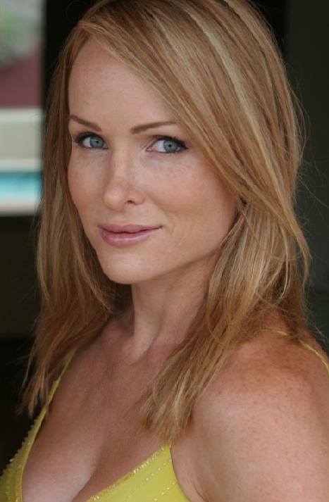 Nicole Randall Nude Photos